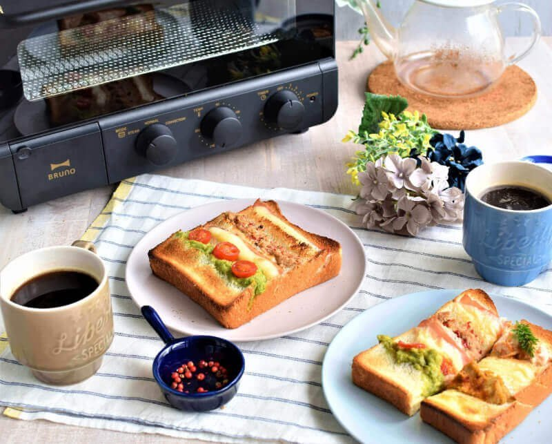 2コーヒーと並ぶスラッシュトースト.jpg