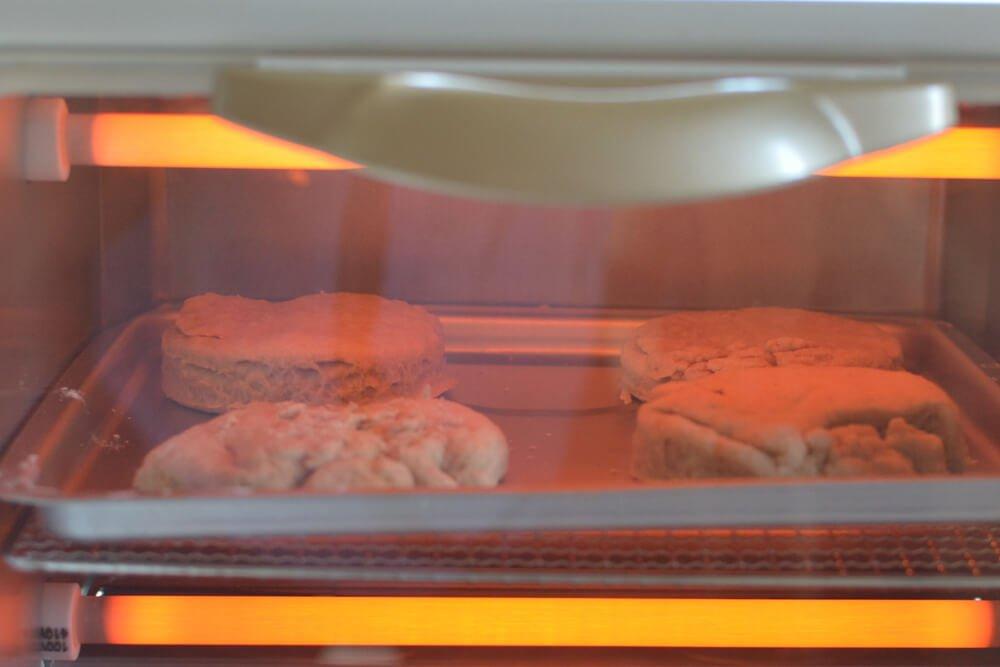 10オーブントースターで焼くビスケット.jpg