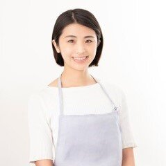 松岡裕里子